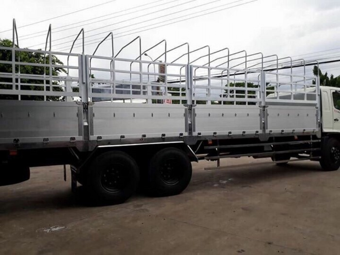 Giá xe tải Hino 15 tấn tại Ô Tô Miền Nam