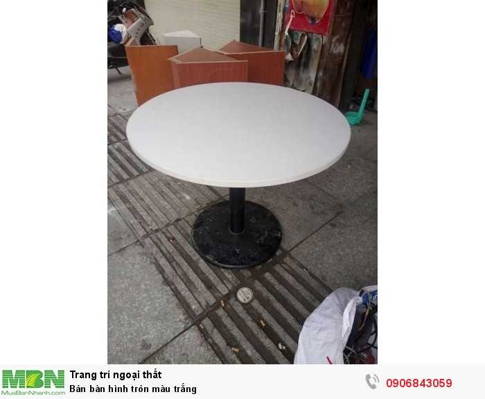 Bán bàn hình tròn màu trắng0