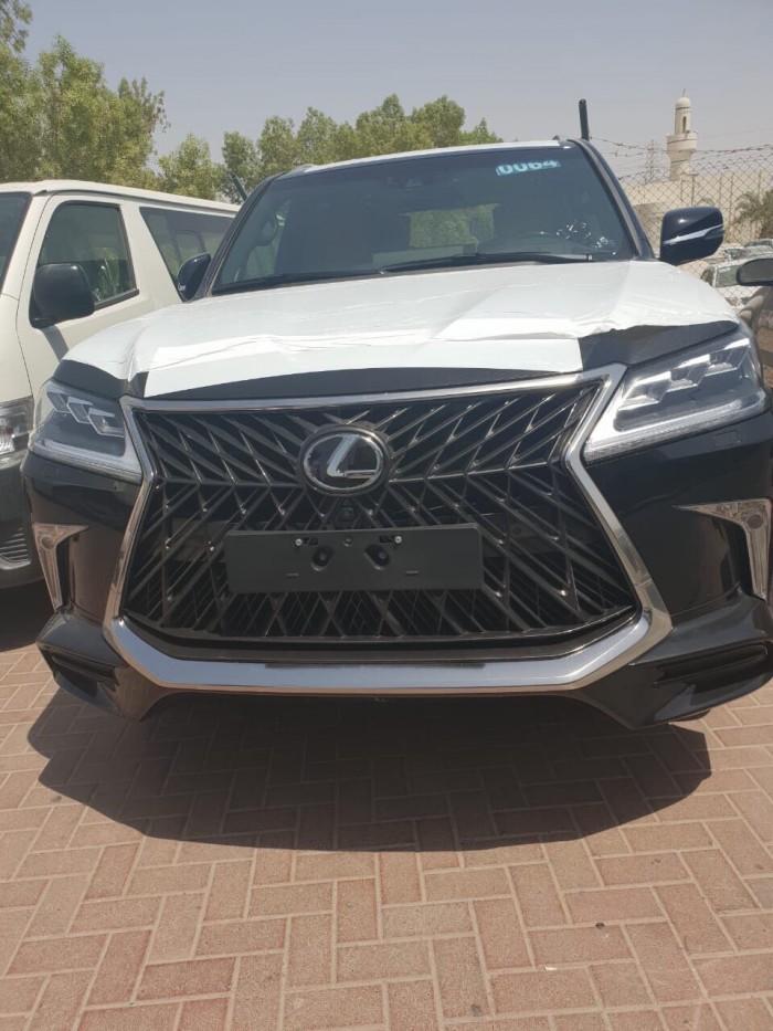 Bán xe Lexus LX 570 MBS Super Sports sản xuất 2018, màu đen, 4 ghế, nhập khẩu Trung Đông