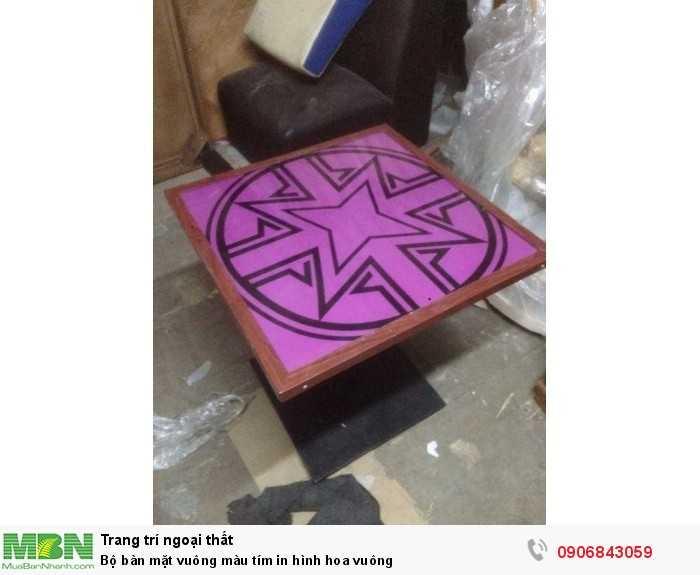Bộ bàn mặt vuông màu tím in hình hoa vuông0