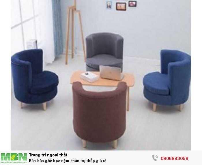 Bán bàn ghế bọc nệm chân trụ thấp giá rẻ0