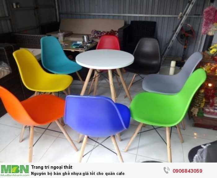 Nguyên bộ bàn ghế nhựa giá tốt cho quán cafe0
