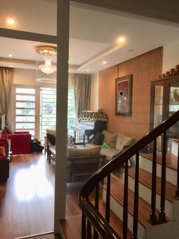 Mặt phố cực hiếm nhà bán Nguyễn Đổng Chi 90m2x5T, gara, vỉa hè, văn phòng, kinh doanh sầm uất
