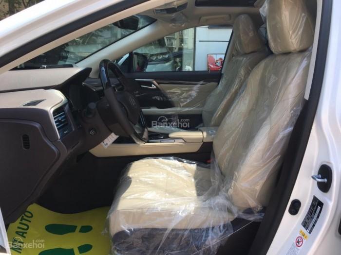 Cần bán Lexus RX 350L sản xuất năm 2018, bản 07 chỗ màu trắng, nhập khẩu Mỹ giá tốt 18