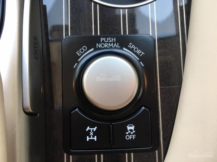 Cần bán Lexus RX 350L sản xuất năm 2018, bản 07 chỗ màu trắng, nhập khẩu Mỹ giá tốt 6
