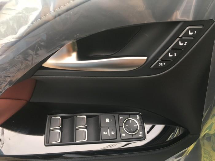 Bán ô tô Lexus LX 570 sản xuất năm 2018, màu đen, nhập khẩu Mỹ nguyên chiếc 17