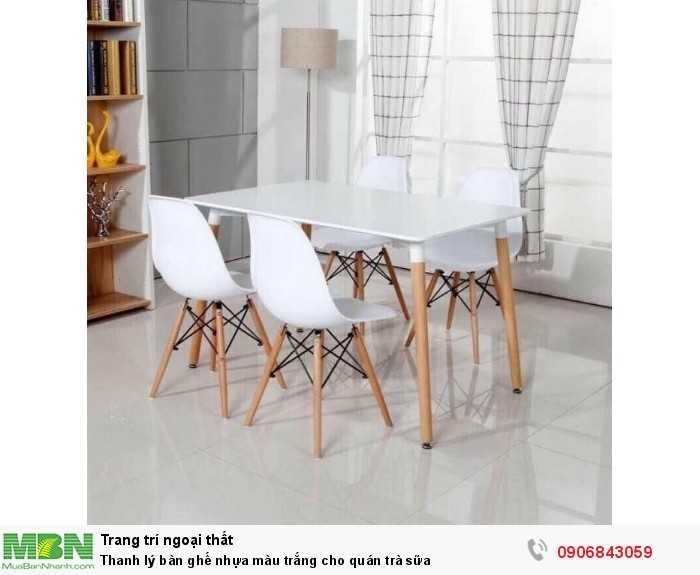 Thanh lý bàn ghế nhựa màu trắng cho quán trà sữa0