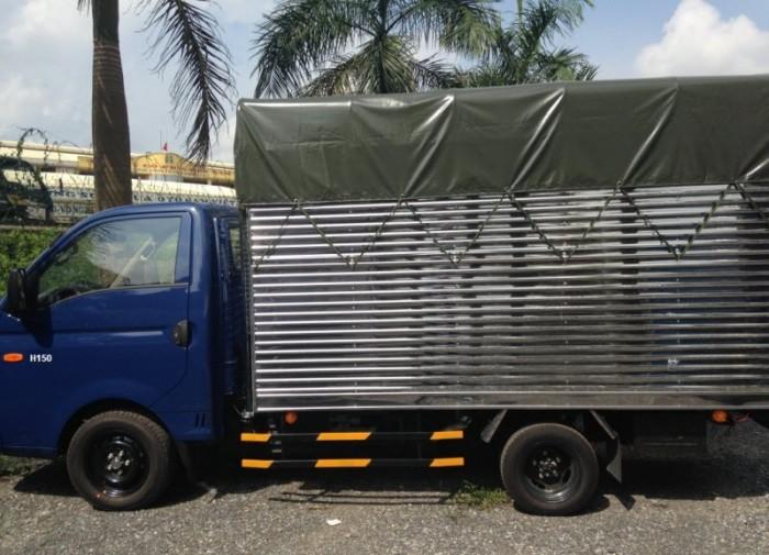 Hyundai Porter H150, thùng mui phủ bạt 2