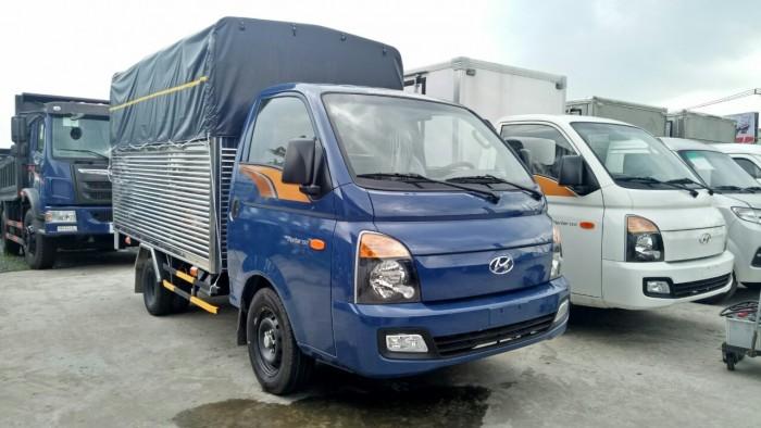 Hyundai Porter H150, thùng mui phủ bạt 1