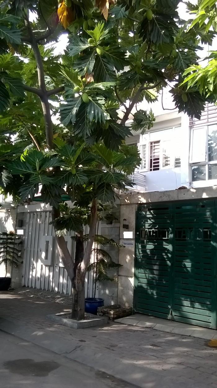 Cần Bán Nhà Khu Biệt Thự Nội Bộ Fa4