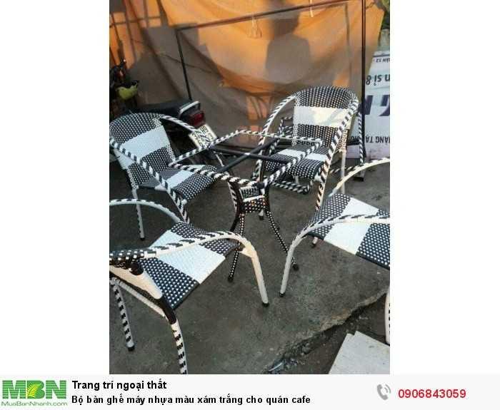 Bộ bàn ghế mây nhựa màu xám trắng cho quán cafe0