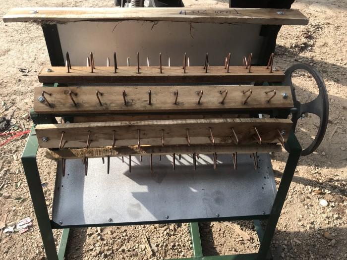 Máy tuốt lúa nếp sử dụng mô tơ Toàn Phát1