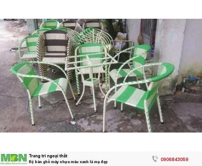 Bộ bàn ghế mây nhựa màu xanh lá mạ đẹp0