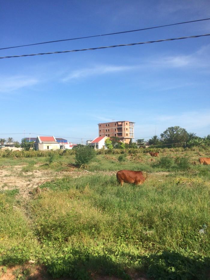 Cần bán gấp lô đất mặt tiền đường Phước Thiện, 9tỷ6, DT 150m2, quận 9