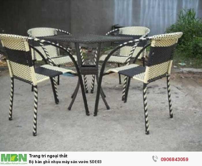 Bộ bàn ghế nhựa mây sân vườn SDE030