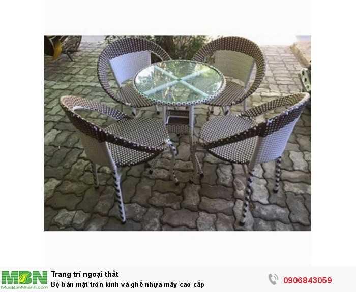 Bộ bàn mặt tròn kính và ghế nhựa mây cao cấp0