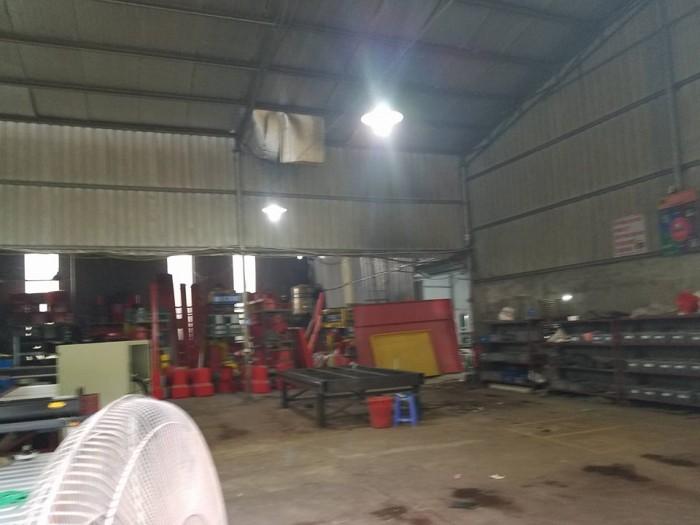Cho thuê mặt bằng làm kho xưởng tại Long Biên,Gia lâm từ 200m2 trở lên