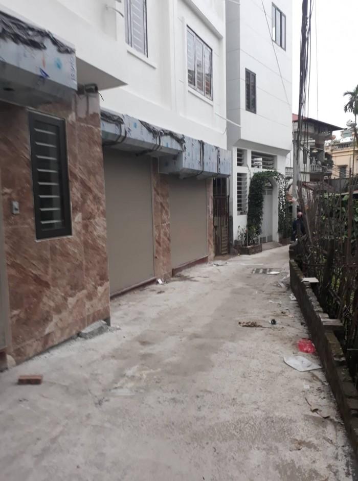 Bán nhà  5 tầng dt 32 m2 mt 3.58 m ngõ 252 Ngọc Thụy , Long Biên Hà Nội