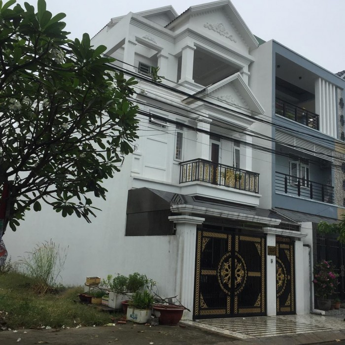 Cần bán nhà gần ngã tư Gò Đậu ,đường QL13 ,kế bên Becamex BD.