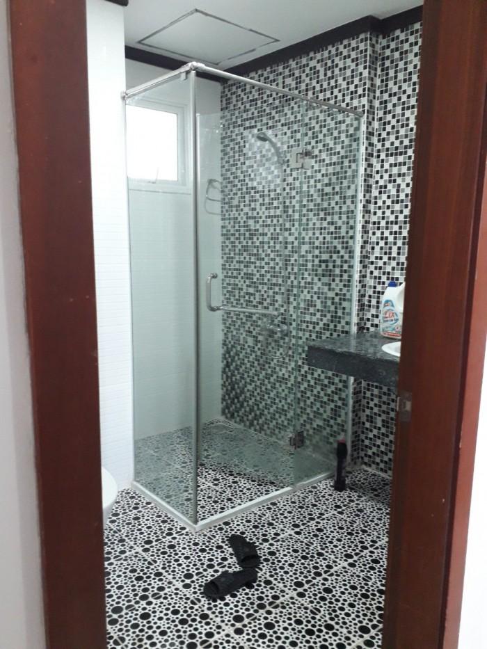 Cần cho thuê căn hộ cao cấp Giai Việt, Q8. Diện tích 137m2, 3 phòng ngủ, 2wc. Full NT