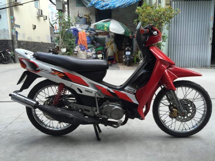 Yamaha yass 2000 đỏ trắng  , xe chính chủ , bản số xe tp.hcm