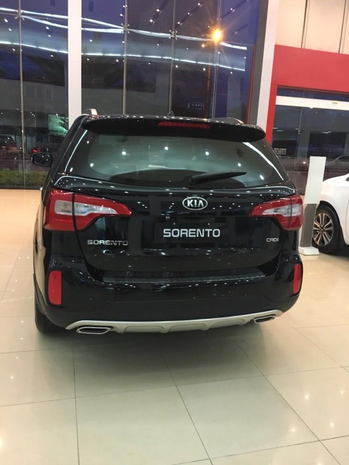 KIA Sorento 2018 - động cơ CRDI 2.2 bền bỉ khỏe khoắn, giao xe ngay
