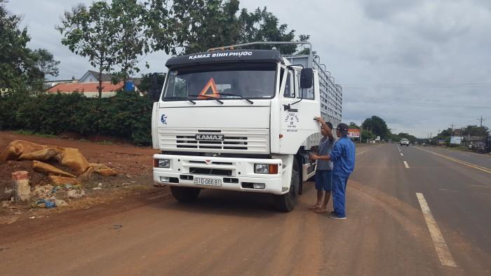 Xe tải thùng Kamaz 15 tấn, bán tải thùng Kamaz 65117 mới tại Bình dương, bán tải thùng Kamaz mới 6