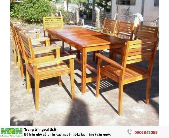 Bộ bàn ghế gỗ chân cao ngoài trời,giao hàng toàn quốc0
