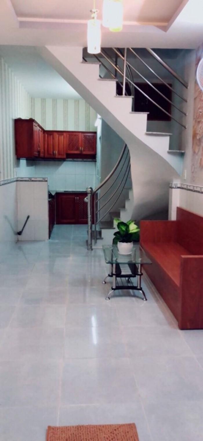 Nhà mới đẹp, hẻm xe hơi, DT 3.5x8m, trệt lầu, giá 1.26 tỷ, hẻm 2129 Huỳnh Tấn Phát