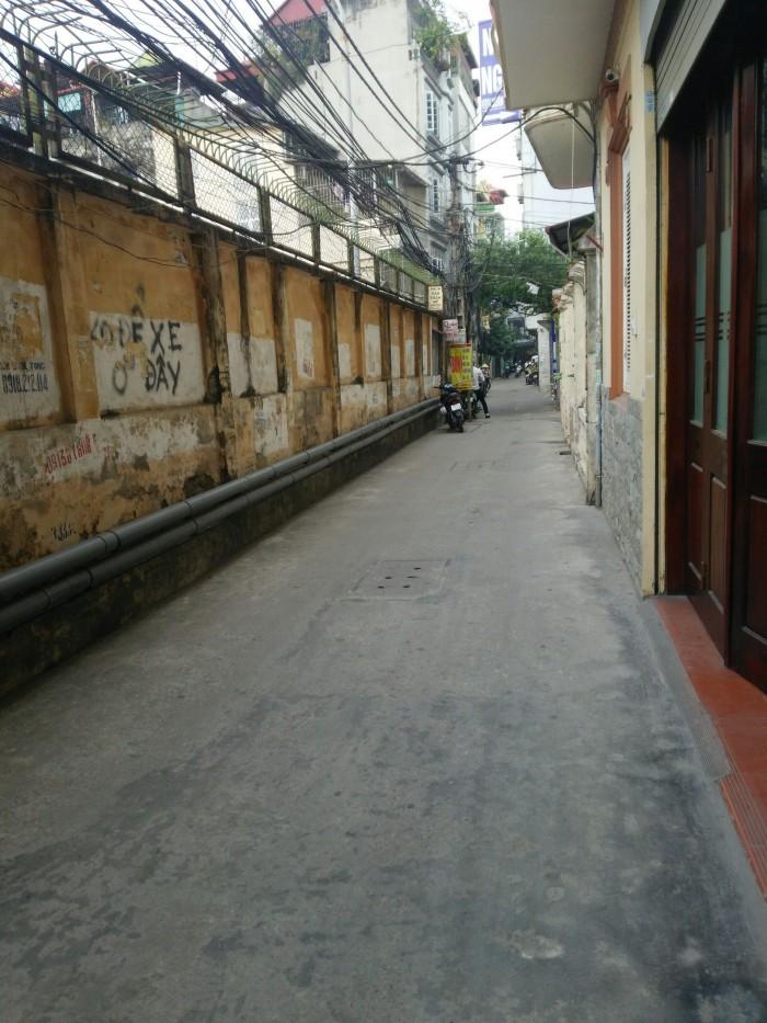 Bán nhà phố Thái Hà 40m, 4 tầng, ô tô đỗ cửa, kinh doanh tốt.