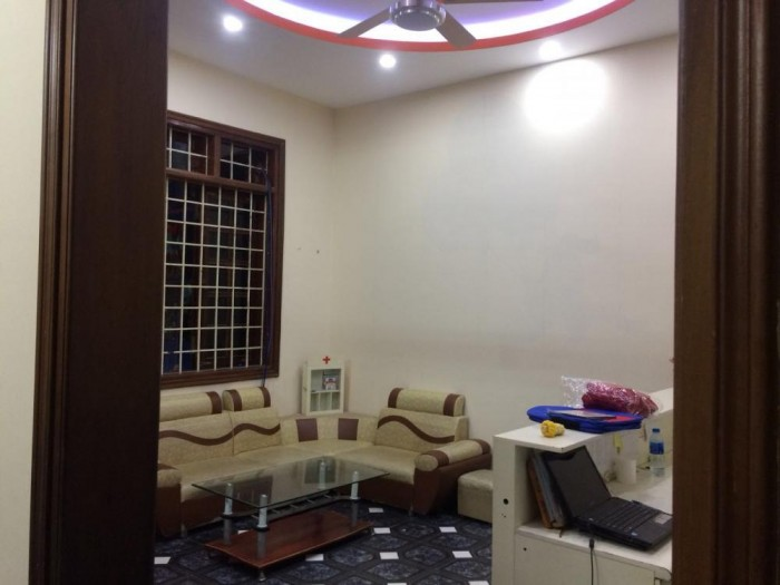 Cho thuê nhà nguyên căn 3 tầng Trâu Qùy – Gia Lâm
