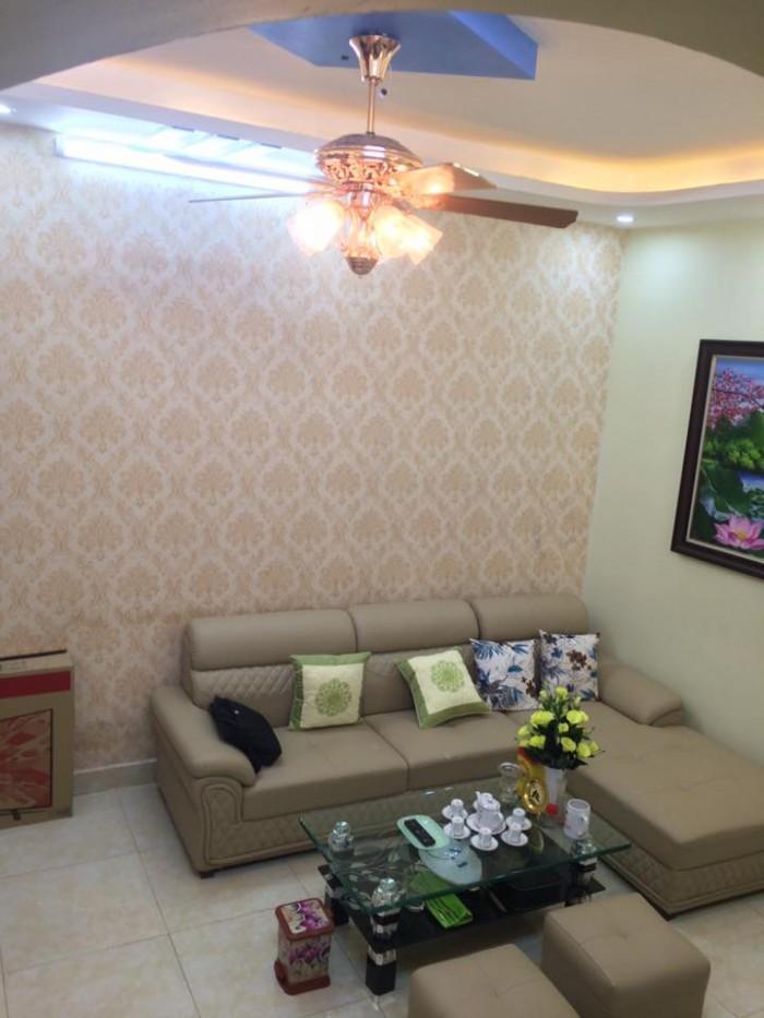 Bán nhà mặt phố Thịnh Hào giá rẻ chỉ 2.5 tỷ.