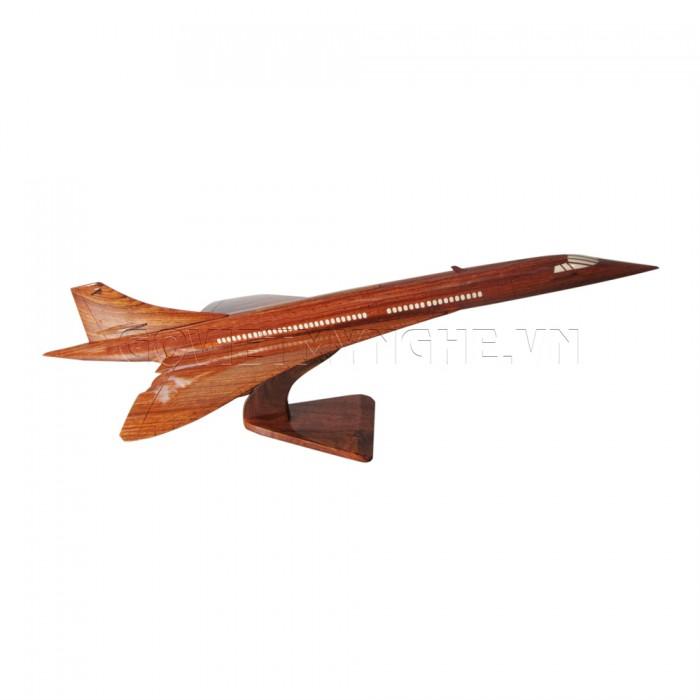 Mô Hình Máy Bay Gỗ Concorde size lớn: Dài 51 x Rộng 23 x Cao 18 (cm). Giá: 500.000₫