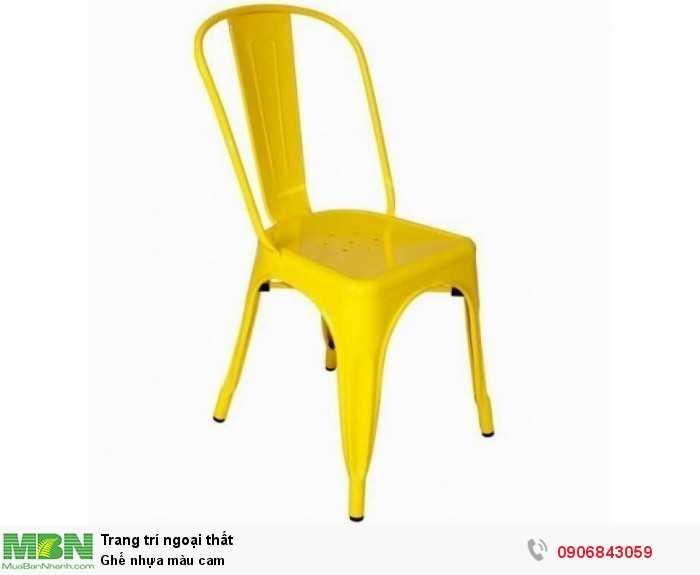 Ghế nhựa màu cam0