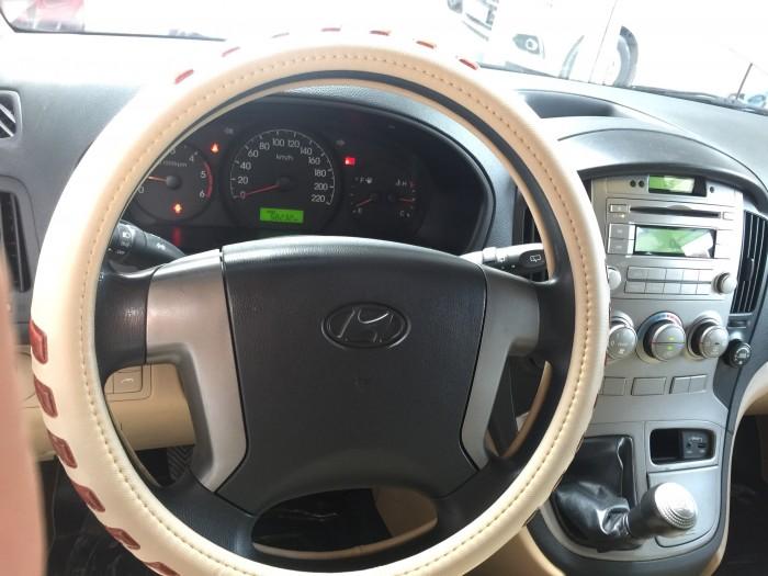 Bán Hyundai Starex 2015, màu bạc, đúng chất, xe nhập, biển TP, giá TL, hỗ trợ góp