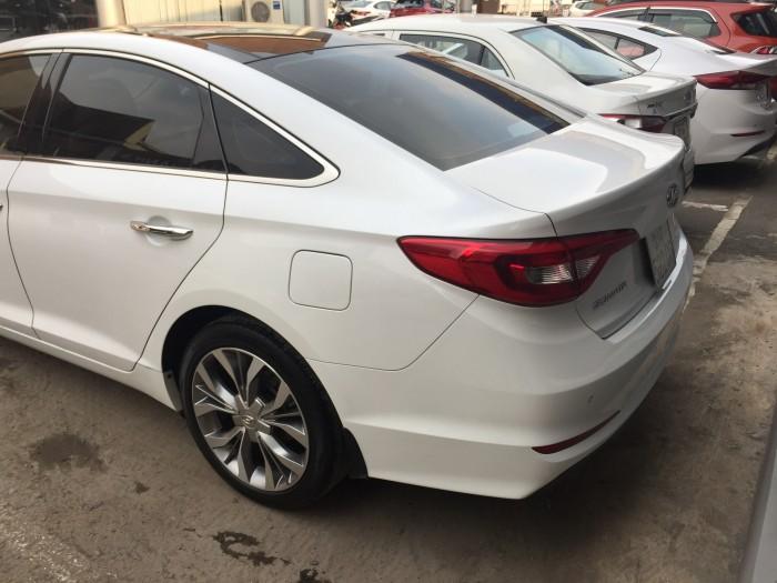 Bán Hyundai Sonata 2015, đúng chất, biển TP, màu trắng, giá TL, hỗ trợ góp