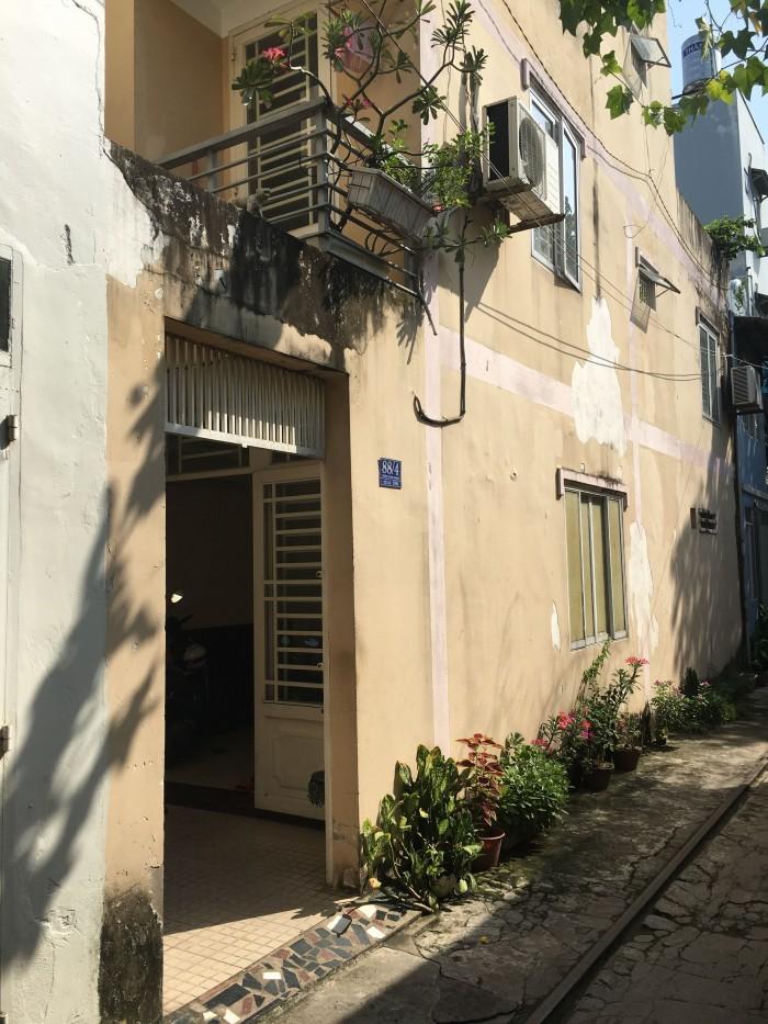 Nhà phố Địa chỉ: 88/4 Trần Văn Đang, Phường 9, Quận 3.