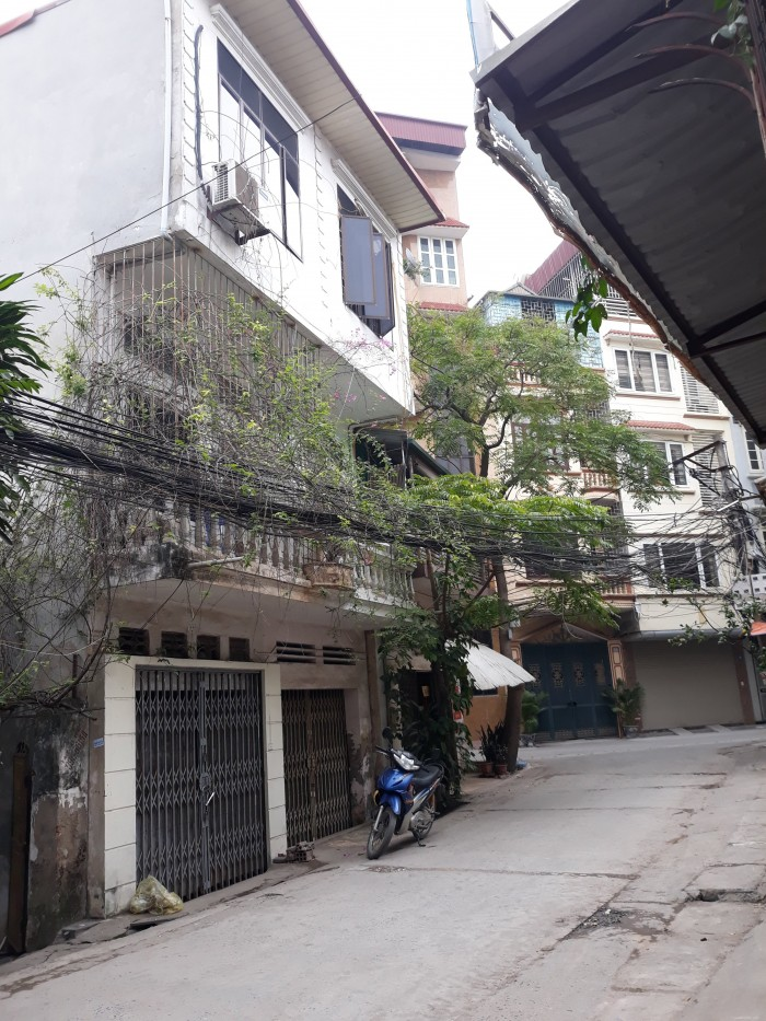 Cho thuê nhà riêng 2 tầng ngõ 93 Hoàng Văn Thái, Thanh Xuân