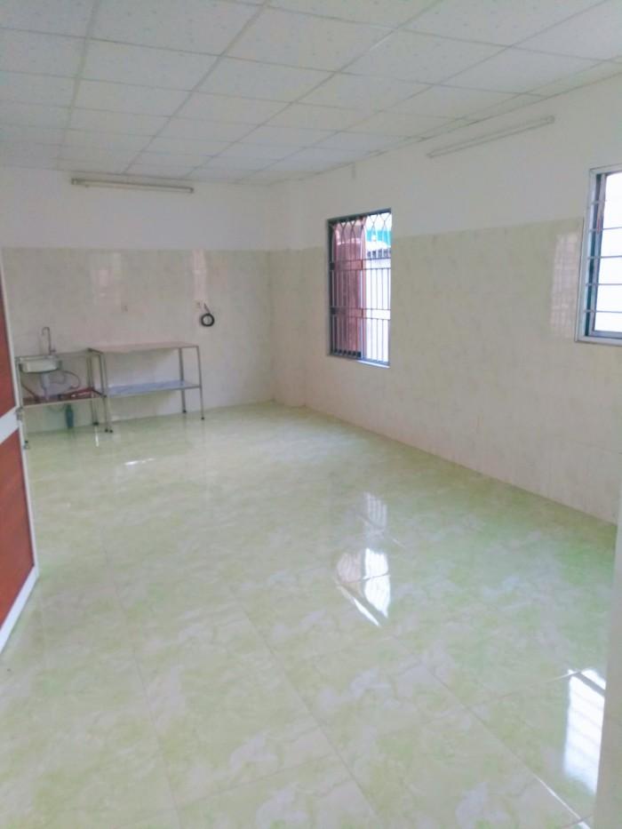 Căn hộ đều có WC riêng, kệ bếp, có wifi, cửa sổ thoáng mát, sạch sẽ; Khu phơi, khu để xe rộng rãi