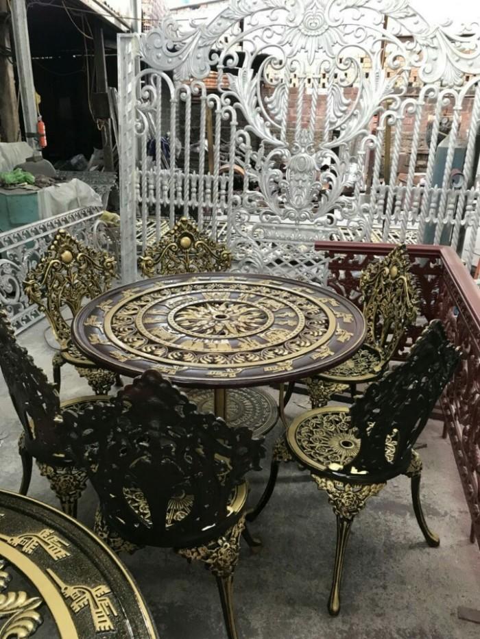 Bàn ghế nhôm cổ điển cao cấp1