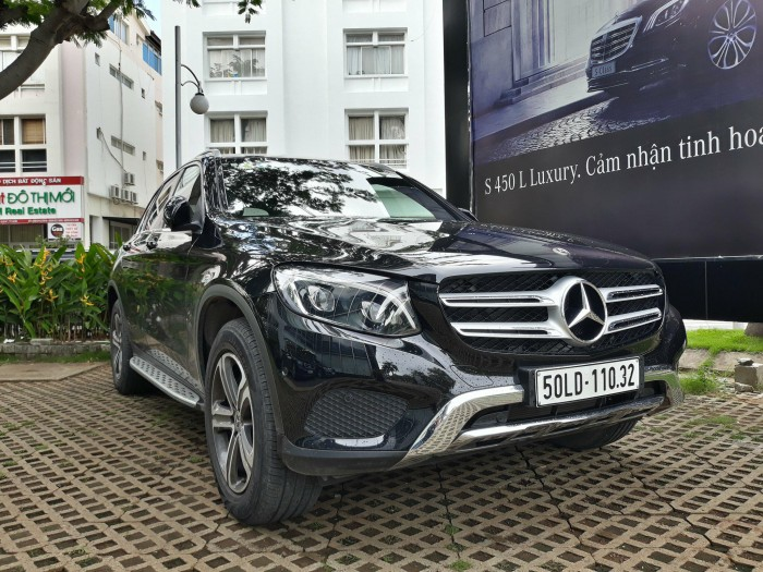 Bán Mercedes-Benz Glc250 4matic 2018, Cũ, Màu Đen/Nội Thất Kem..Ưu Đãi Chính Hãng Tốt Nhất