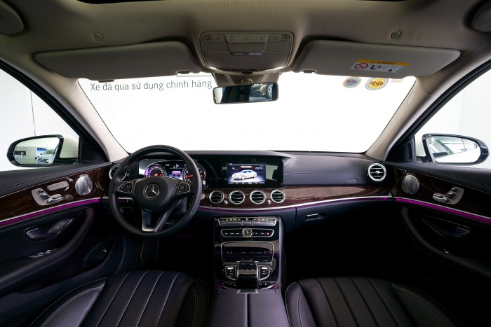Bán Mercedes-Benz E250 cũ 2018 Trắng, 30km, Giá Tốt  Chính Hãng