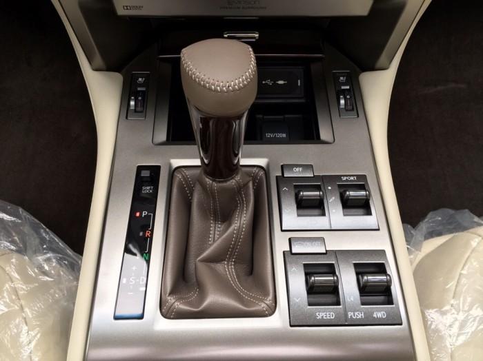 Bán xe Lexus GX 460 sx 2016 full option, màu đen, nhập khẩu mới 100% LH: 0982.842838 26