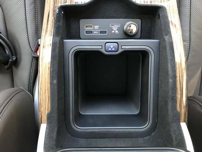Cần bán xe LandRover Range Rover HSE 3.0 năm sản xuất 2018, màu đen, xe nhập 27