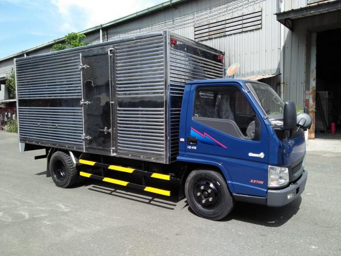 Xe tải Đô Thành Iz49 tải trọng 2,4 tấn vào thành phố, dùng dài 4,2, trả trước 80tr lấy xe ngay, nhiều quà tặng, khuyến mãi hấp dẫn. 1