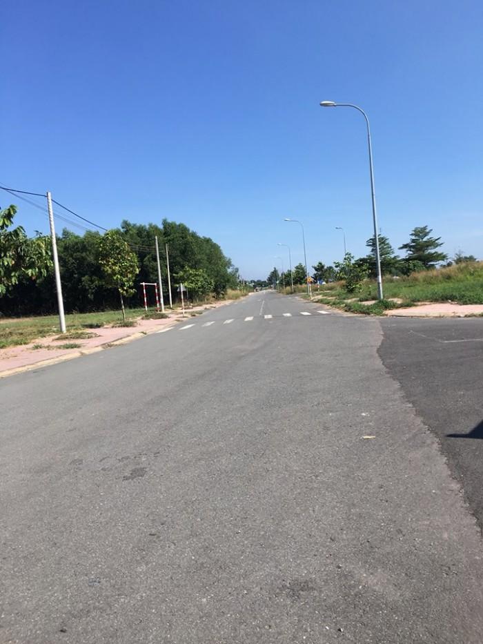Bán đất mặt tiền gần Tân Cảng IDC Long Bình