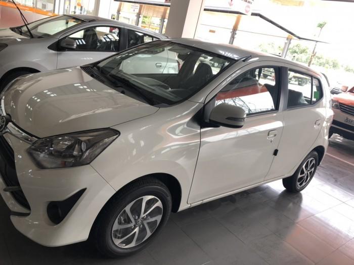 Toyota wigo 1.2 số tự động màu trắng giao ngay 3