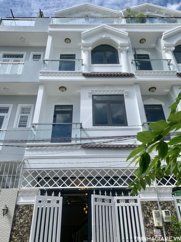 Bán nhà hẻm 2177 Huỳnh Tấn Phát, Nhà Bè, Tp.HCM. DT 4.25m x 12m. 3 lầu 4PN, sân thượng