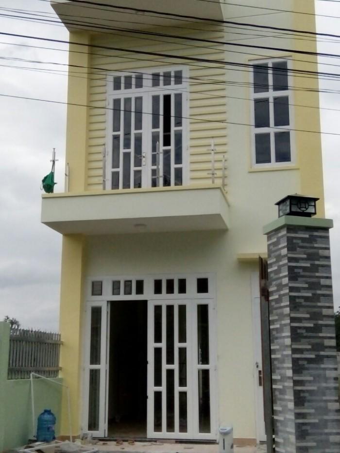 Chạy tiền bán lỗ, nhà ngay mặt phố tại đường QL50