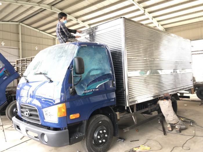 Giá xe tải Hyundai Mighty 75s 3.5 tấn thùng kín giá rẻ nhất tại Hyundai Vũ Hùng - Gọi 0933638116 (MrHùng 24/24)